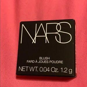 NARS Blush-Orgasm sz 0.04oz